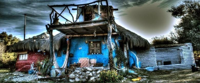 Ils réalisent leur rêve : un « éco-dome » loin du bruit du monde CASAKSsKEL-e1421301678546