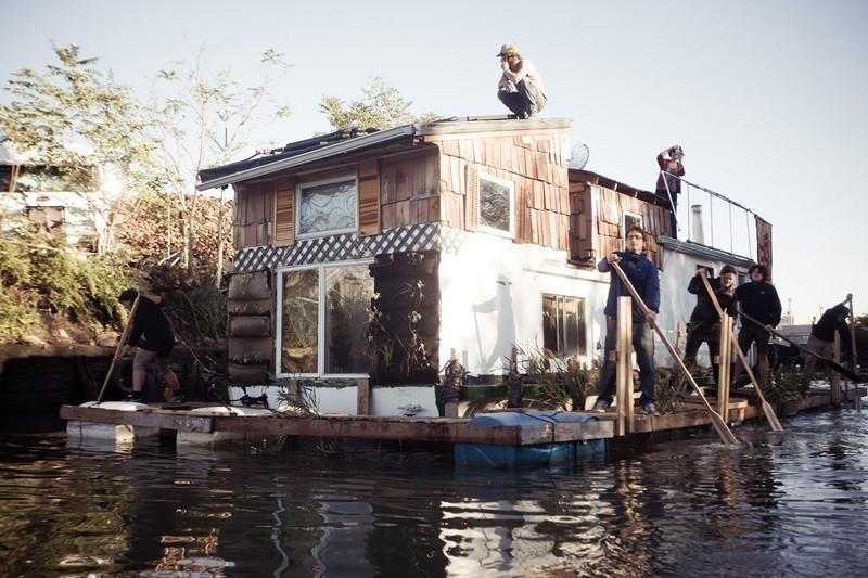 Jerko-the-Gowanus-Water-Vacuum-by-Elizabeth-Weinberg-1