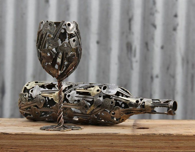 recycled-metal-sculptures-key-coin-michael-moerkey-1
