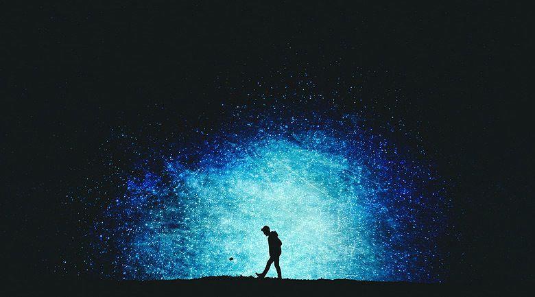 Les silhouettes étoilées qui racontaient une histoire… Tumblr_nnqr18bqV61u3cfdko1_1280
