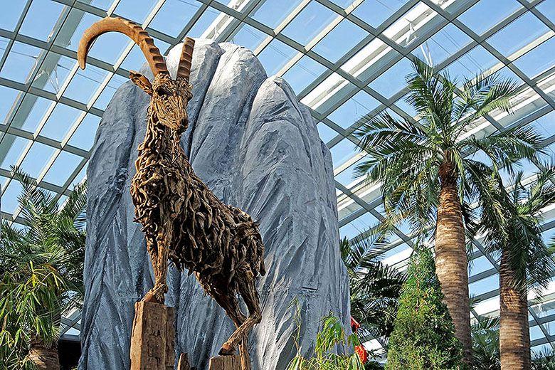 Le créateur des bois perdus  Driftwood-animal-sculptures-jame-doran-webb-2