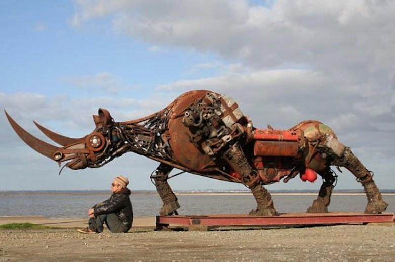 animaux-metalliques-christian-champin-rhinocéros