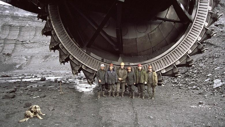 L'aventure du titane, de la mine à ciel ouvert au réacteur d'avion