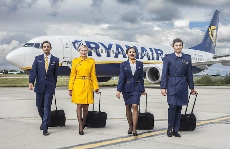 Elle Devoile L Enfer D Etre Hotesse De L Air Chez Ryanair