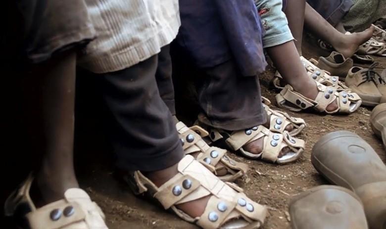 02_chaussure_pauvre