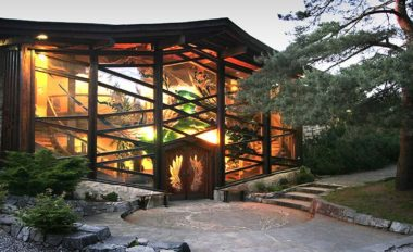 La koda l habitation ultra minimaliste cologique et for Maison kodasema prix