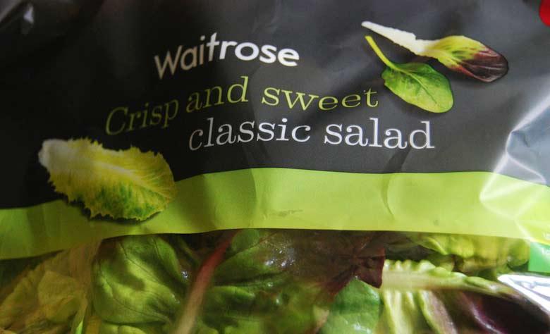 Le lourd secret des salades prélavées en sachet